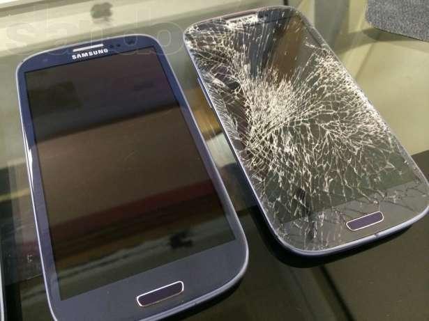 Как самому поменять стекло на телефоне